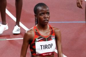 El marido de la atleta keniana Tirop confesó haberla asesinado en una nota