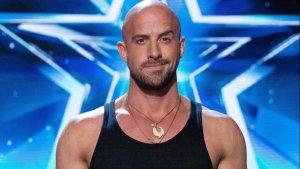 "Concursante de ""America's Got Talent: Extreme"" casi muere en prueba de escape (Video)"